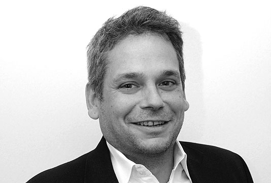 Rado Skender Director Business Development at Papercast, E-paper Digital Bus Stop Displays